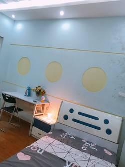 Cho thuê nhà riêng nguyên căn tại Kim Mã - BA  ĐÌNH- HÀ NỘI 50 m  X 5 tầng   1 tum