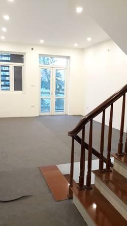 Cho thuê gấp liền kề shop house 5 tầng kinh doanh cực tốtgelexia 885 Tam Trinh hoàng mai