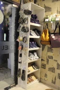 Sang shop thời trang mặt tiền Q9