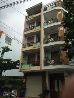 Phòng trọ tiện nghi cao cấp nhìn ra sông Sài Gòn giáp quận 1