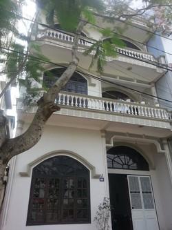 Cần bán một ngôi nhà mặt phố 4 tầng tại Quảng Ninh