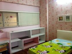 Cần cho thuê gấp căn hộ Greenbuilding Quận 3, DT : 130 m2, 3PN