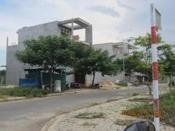 Bán đất  đối diện cổng trường ĐH Phạm Văn Đồng mới, Tp.Quảng Ngãi.