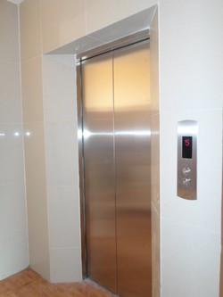 Cho thuê căn hộ đủ đồ cầu thang máy:Đào Tấn,lotte gần Kim Mã,Ba Đình ,28m2