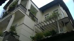 Cho thuê villa biệt thự hẻm 8m Nguyễn Văn Nguyễn, Quận 1: 10m x 18m, 2 lầu, garage