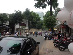 Bán đất mặt phố Văn Cao mặt tiền 12m