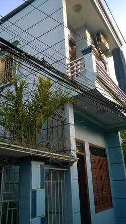 Cần bán căn nhà xây đang ở còn mới 2 tầng chiều mặt 7m tại Ô19 phường Hạ Long