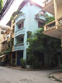 Nhà lô góc 2 mặt tiền khu tây sơn và trung kính 72m2 4,5 tầng