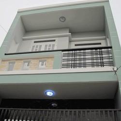 Nhà cho thuê 1 trệt 1 lầu, nguyên căn, DT 5x10, giá 3.2tr, tại Dĩ An