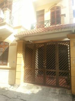 Nhà riêng khu Hoa Bằng, DT 94m2 x 4T, MT 6m. Giá thuê 14tr