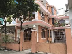 Nhà mặt tiền đường Hoàng Văn Thụ