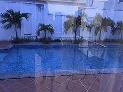 .Mặt bằng 350m2 có nhà và bể bơi, gần biển Mỹ Khê đường Lê Quang Đạo