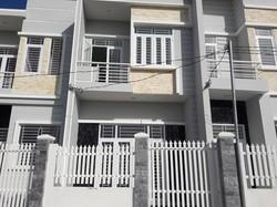 Bán nhà 1 trệt 1 lầu sau trường lương thế vinh diện tích 60m2 giá 850tr