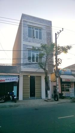 Cho thuê nhà mặt tiền đường 10m5 Dũng Sĩ Thanh Khê