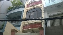Cho thuê gấp nhà hẻm rộng 4m đường Võ Văn Tần, Quận 3: 3m x 23m, 2 lầu, ST, 4PN, 4WC, hẻm thông NTMK