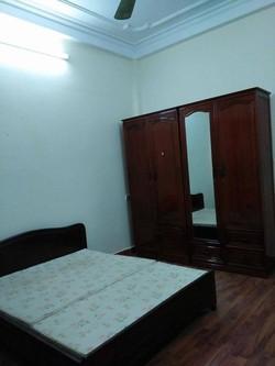 Chính chủ cho thuê văn phòng , tòa nhà 8 tầng, DT 100m2 , 30m2 , 40 m2