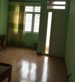Cho thuê 2 phòng tầng 2 trong nhà đất 4 tầng