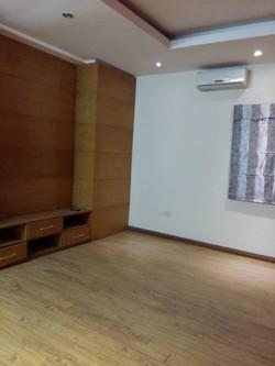 Bán gấp căn hộ chung cư tòa Bộ Khoa Học Công Nghệ Cầu Giấy, Nguyễn Văn Huyên