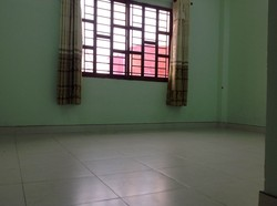 Phòng cực đẹp và thoáng mát trên đường Nguyễn Hữu Cảnh, bên cạnh VINHOMES, 5 phút qua Q.1, 2.4tr/th