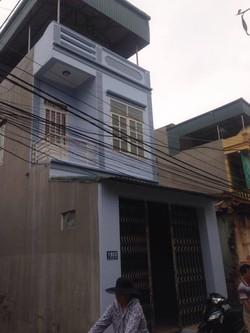 Bán nhà 2 tầng phố Bào Ngoại - Đông Hương. Nhà đẹp hướng tây và hướng bắc, kết cấu chịu lực lên