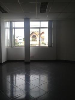 Văn phòng rẻ nhất tại MT Đặng Tất , Q1. DT: 46m2