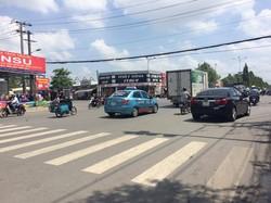 Cho thuê mặt bằng rộng mặt tiền đường Nguyễn Văn Linh tiện Kinh doanh Miễn Trung Gian