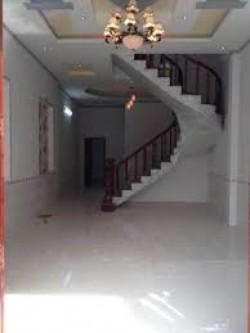 Nhà 1 trệt 1 lầu, đất thổ cư, sổ hồng riêng