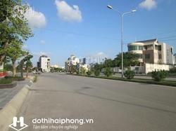 Bán lô đất bên bên chẵn Văn Cao, DT 72m2, mặt tiền  5m, nở hậu, đường 15m, vỉa hè rộng rãi, hướng ĐN