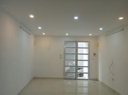 Cho thuê nhà mới xây xong, 2 tầng, định công hạ, chính chủ, miễn trung gian, giá 5 triệu/ tháng