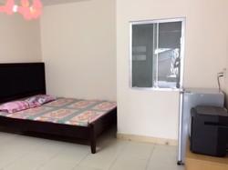 Phòng đủ TN,15m2,sân riêng rộng ở Nguyễn Trãi, Q1