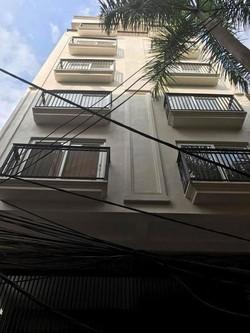 Cho thuê văn phòng, showroom, lớp học, yoga. Sàn thương mại tầng 1 192m2/sàn ở Nguyễn Chí Thanh
