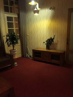 Cho thuê căn hộ tầng 2 nhà mặt đường số 9 phố Tuệ Tĩnh  Hai Bà Trưng, Hà Nội