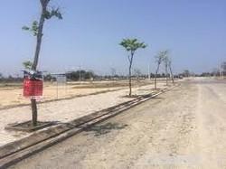 Bán đất nền chính chủ  phố hoa anh đào cạnh coco bay. LH: 0987452431