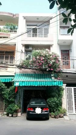 Chính chủ bán nhà 3 tầng quận Hải Châu, 79m2, khu trung tâm, an ninh tốt, cách cầu Rồng 500m