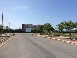 Đất đối diện khu bệnh viện thực hành 300 giường CĐ Tâm Trí