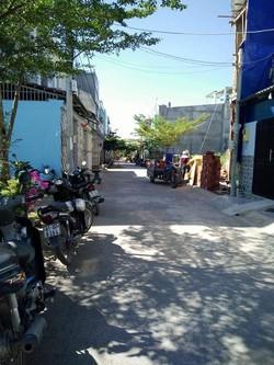 Bán gấp 200m2  hẻm xe hơi đất thổ cư Lê Văn Lương Nhà Bè, SHR, giá 1ty8