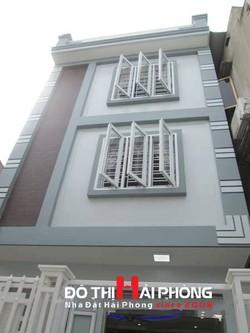Bán nhà đẹp mặt tiền 5m sân cổng riêng trong ngõ Hào Khê, Lạch Tray