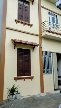 Bán nhà 3 tầng, 1 tum tại ngõ 360 phố Bình lộc