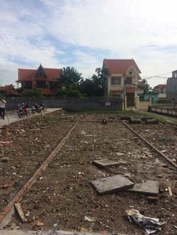 Bán gấp đất mặt đường 10m lô 2 Lê Hồng Phong