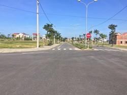 Chia tài sản cần bán đất xây khách sạn trung tâm Tp Hội An, giá 12tr/m2 ngay bãi biển An Bàng.