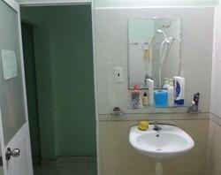 Cho thuê lầu 1 rộng 30m2 ngay Cầu Kiệu, Phú Nhuận