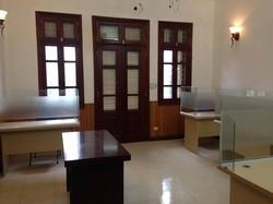 Cho thuê văn phòng tầng 3 mặt đường Trung Yên 10