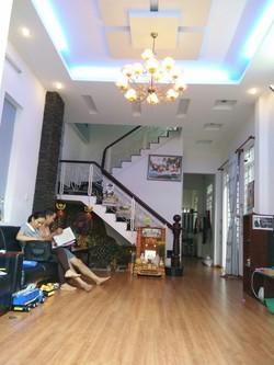 Bán nhà phố 3 tầng, TT Quận 2, MT Trịnh Khắc Lập, dt 116m2, nhà đẹp thoáng mát