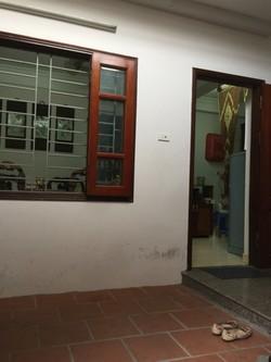 Cần bán nhà 4 tầng, sổ đỏ chính chủ tại Ngọc Thụy