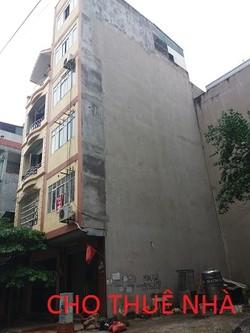 Nhà ngõ 201 Trần Quốc Hoàn, Dt 68m2 xây 5Tầng , gần chợ Nhà Xanh