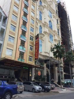 Cho thuê nhà 4 lầu mặt tiền đại lộ Võ Nguyên Giáp tiện Văn Phòng  Miễn Trung Gian