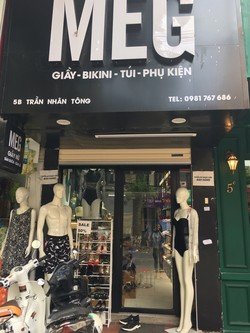 Sang nhượng cửa hàng vị trí đẹp giá tốt mặt phố Trần Nhân Tông