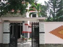 Nợ ngân hàng bán gấp biệt thự Mini-giá 850 triệu-có sổ riêng-ở Hóc Môn-LH:0915602539