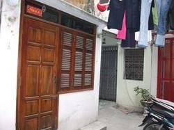Cho thuê căn hộ tầng 1, tt Viện KSND, Ngọc Khánh, Ba Đình, Hà Nội