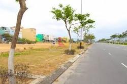 Bán đất đường Hoàng Thị Loan, Trục Tây Bắc Đà nẵng giá 1.5 tỷ/100m2